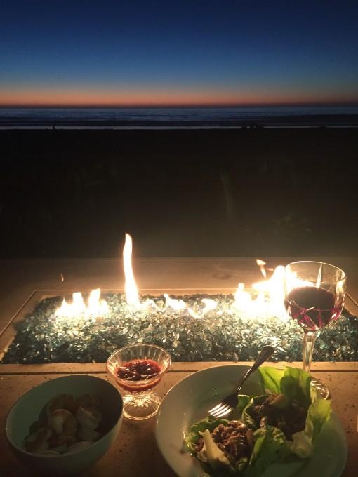 Beachside dinner | Covet Living