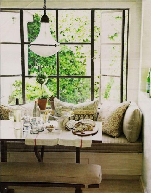 Built In Bench via House Beautiful | Casa Karrie & Tim | Covet Living