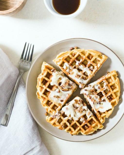 cornbread-waffles-with-mascarpone-schmear