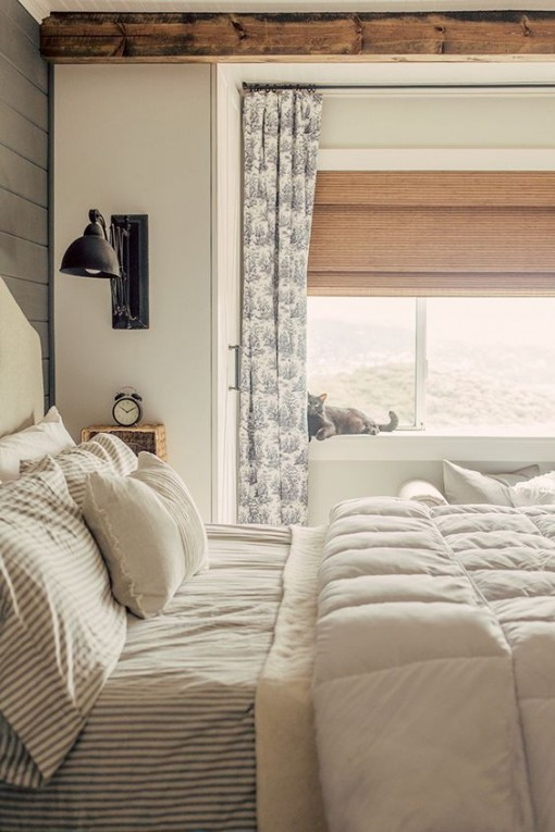 fresh-farmhouse-bedroom-mountain-decor-covet-living