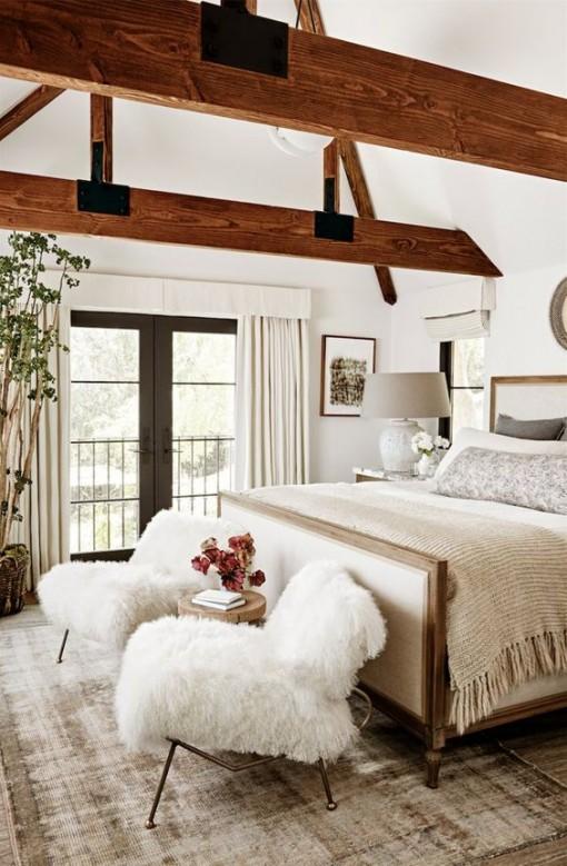 julianne-hough-bedroom-covet-living-interiors